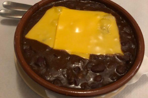 Chili con Carne y Queso Alfredos Barbacoa