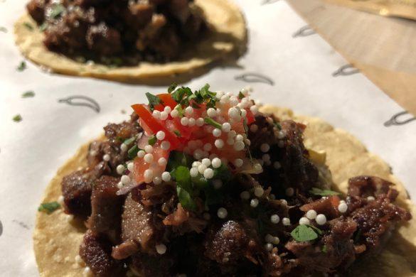 Tacos de Res con Tarta de Jalapeños Mawey Taco Bar