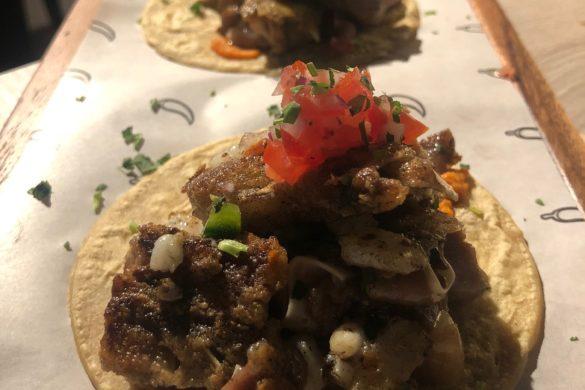 Tacos de Oreja de Cerdo y Sepia con Chile Habanero Mawey Taco Bar