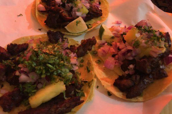 Tacos de Carne y Chili Gracias Padre
