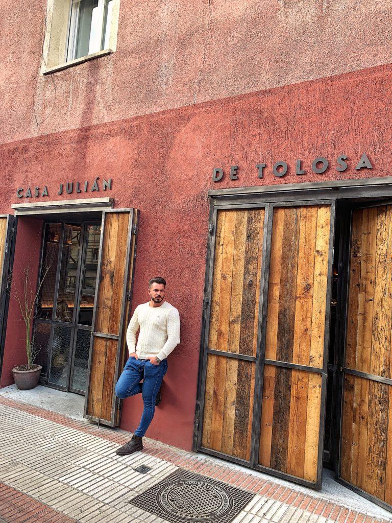 Casa Julián Tolosa Ibiza Cenando Con Pablo