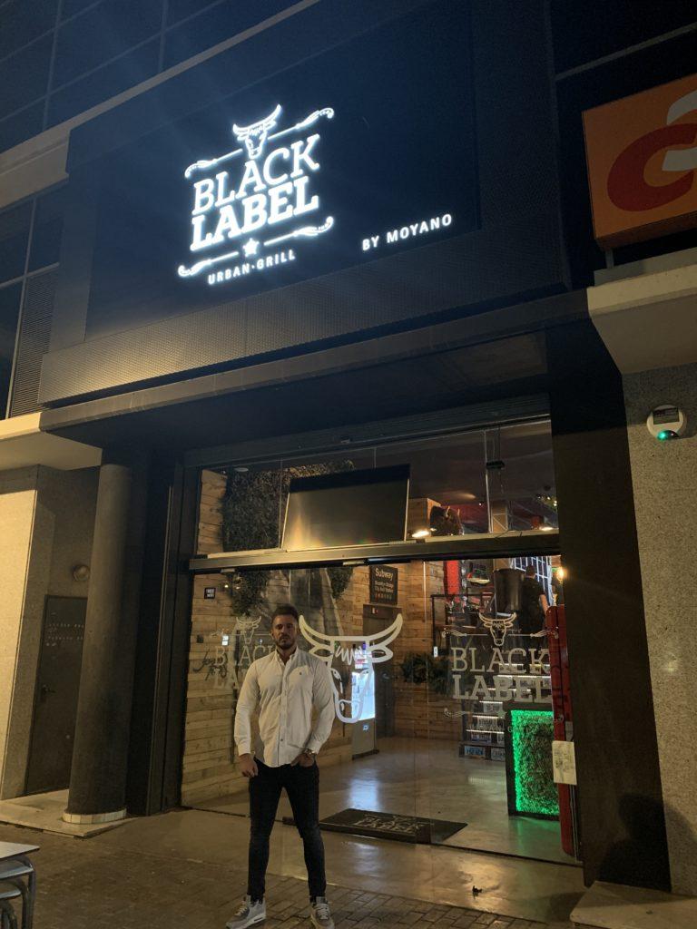 Pablo Cabezali en Black Label Urban Grill