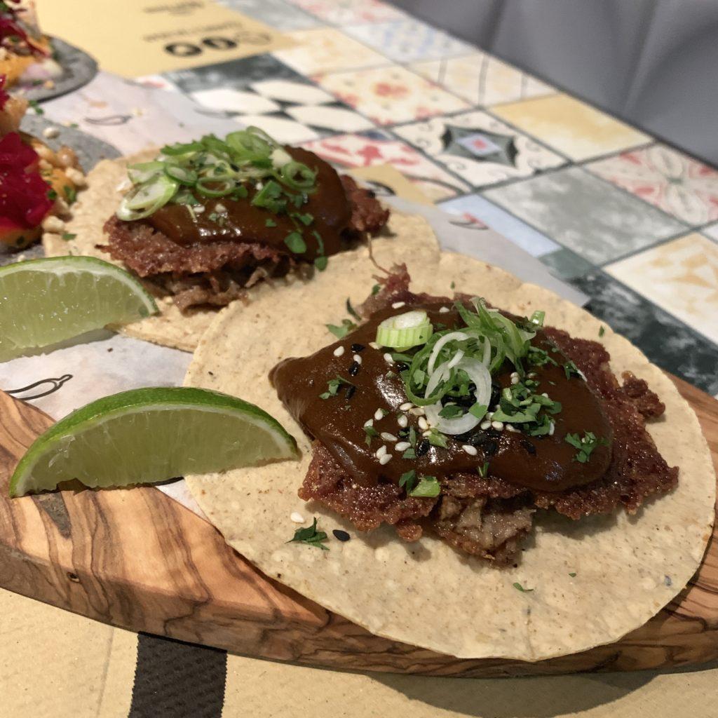 Tacos de Pato Mole Mawey Taco Bar Gran Vía