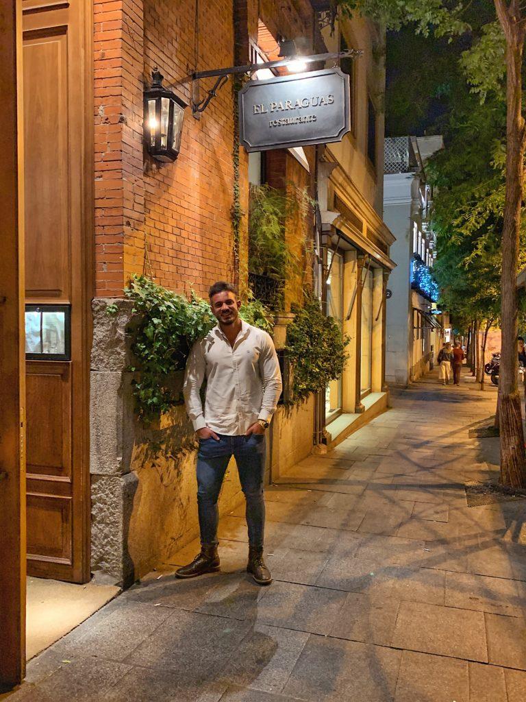 Pablo Cabezali en Restaurante El Paraguas