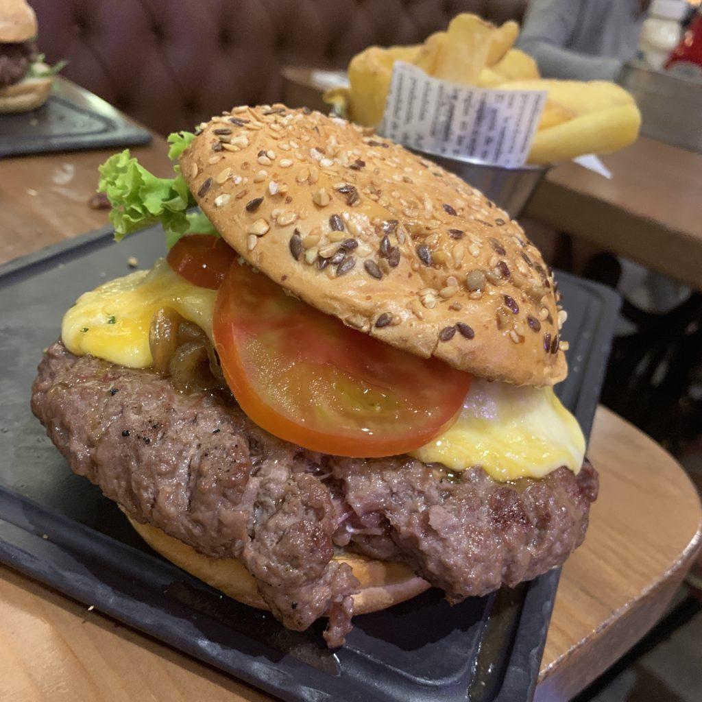 Hamburguesa Suiza Steakburger