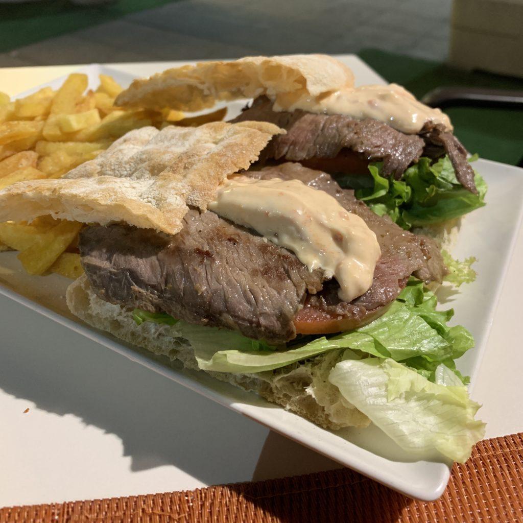 Sandwich Ternera Finlandia Restaurante Kaprika Pozuelo