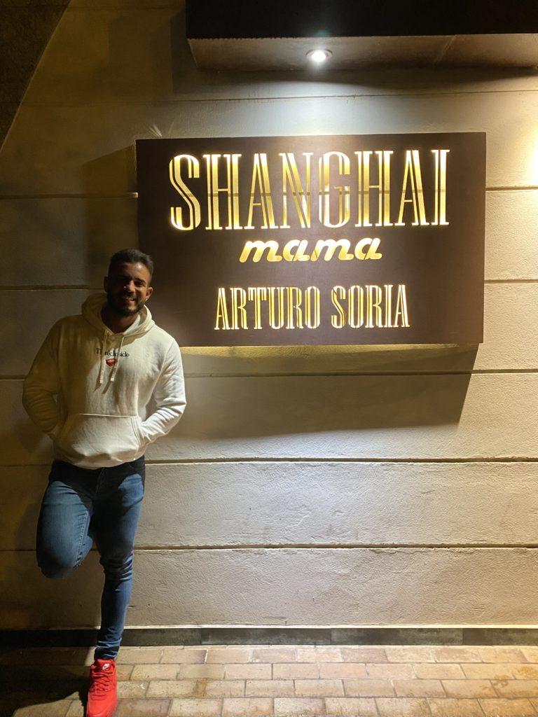 Cenando con Pablo en Restaurante Shanghai Mama